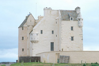 Ballone Castle_scaled